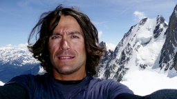 All the things that went through Jeremy Jones's head during his 20,000-foot first descent